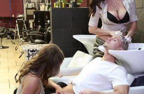 Trío con la peluquera y una clienta muy puta