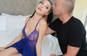 Exnovia muy caliente viene a su casa pidiendo sexo duro