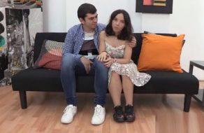 Pareja española millennial folla bestialmente y acaba con creampie