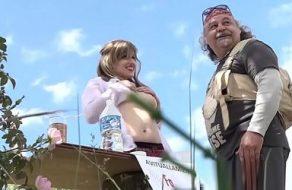 Putita española le ofrece sexo gratis a un peregrino en el Camino de Santiago
