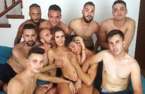 La española Gala follada en una gangbang con 9 pollas
